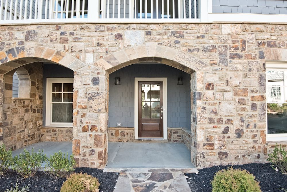 Archways of the Fallbrook IV home at Manget