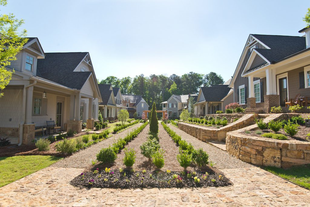 Beautiful community mews in Oakhurst