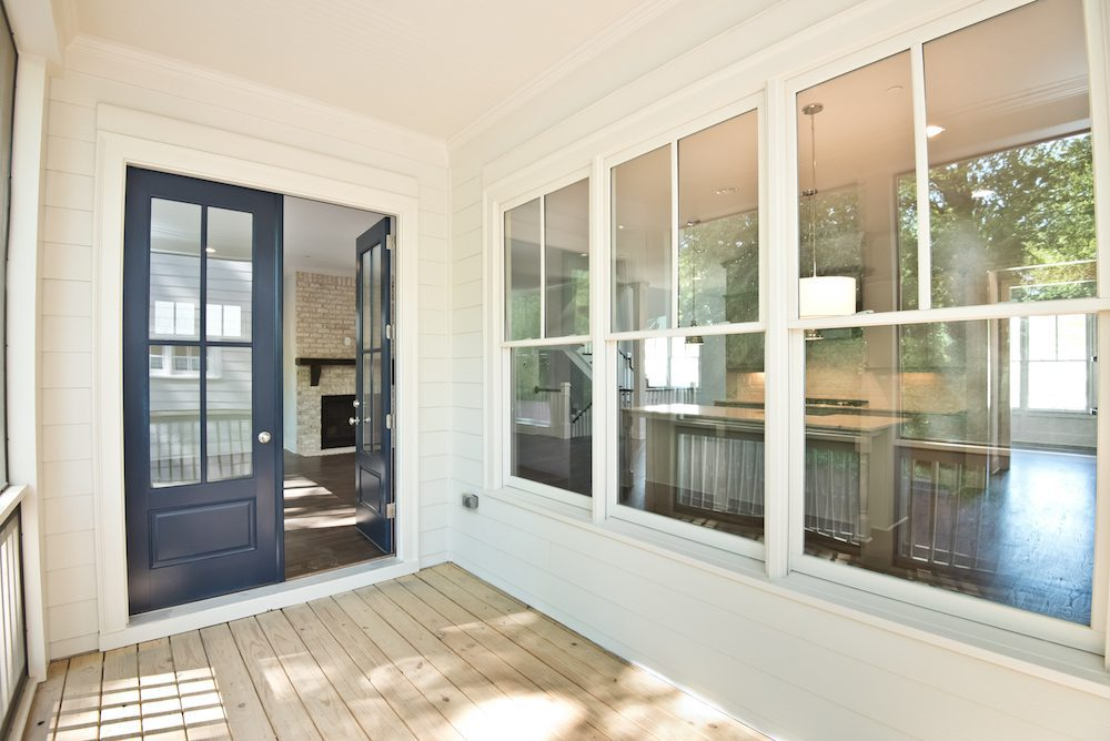 Screened porch at the rear of the Oakland IV at Managet