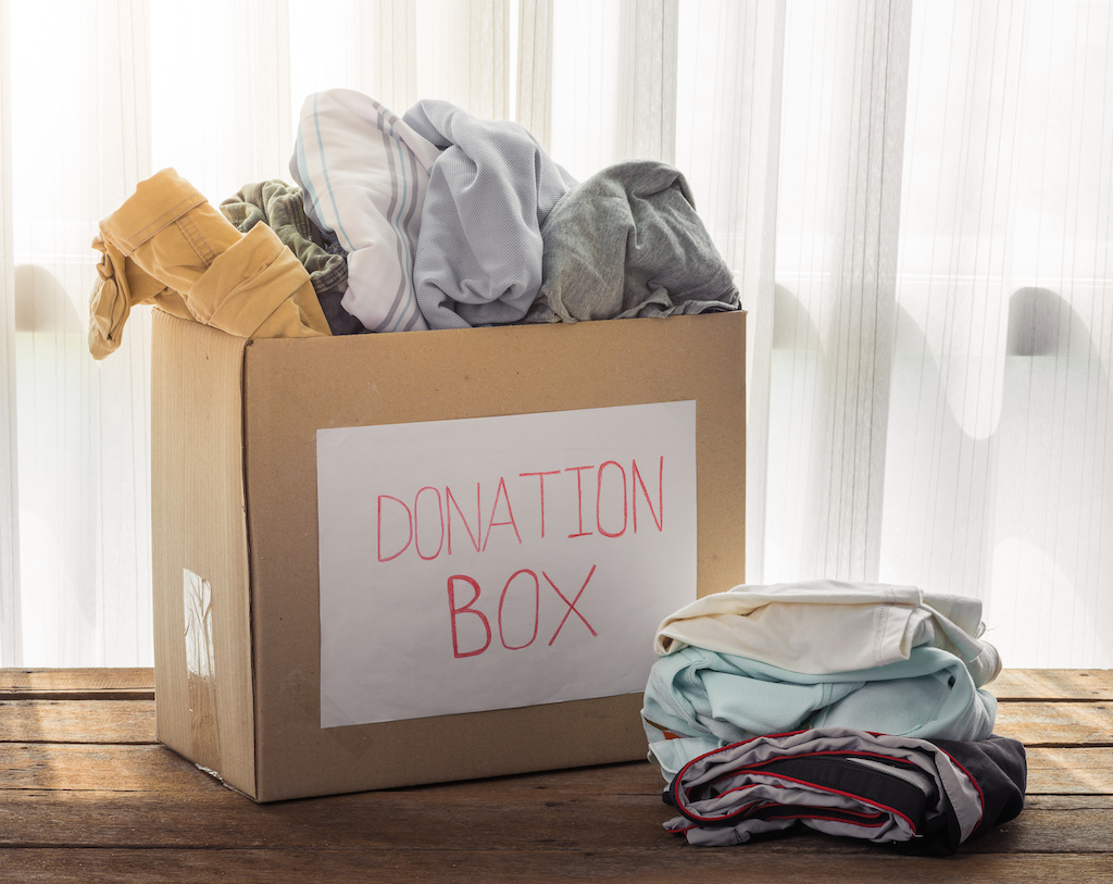 Sort through all the belongings in your home to decide whether they should be donated, recycled, trashed, or taken to your new home. credit: Sira Jantararungsan 123rf com