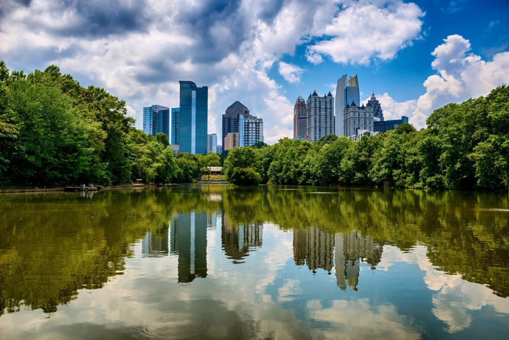 Find a new home in Atlanta near open green spaces [Robert Hainer] 123rf